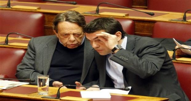 """Κάποιοι λένε πως οι συμβουλές του κ. Μουλόπουλου, βοήθησαν στο να """"ανοίξουν τα μάτια"""" του νεαρού αρχηγού του Σύριζα"""
